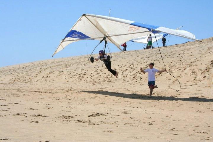 Hang Gliding, ACruisingCouple